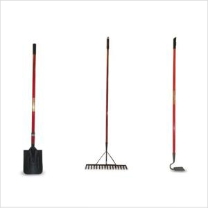 Rally Hoe Long Handle Red